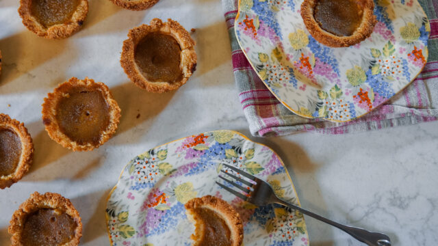 Mini Pumpkin Pies! Low-Carb, Dairy-Free Recipe