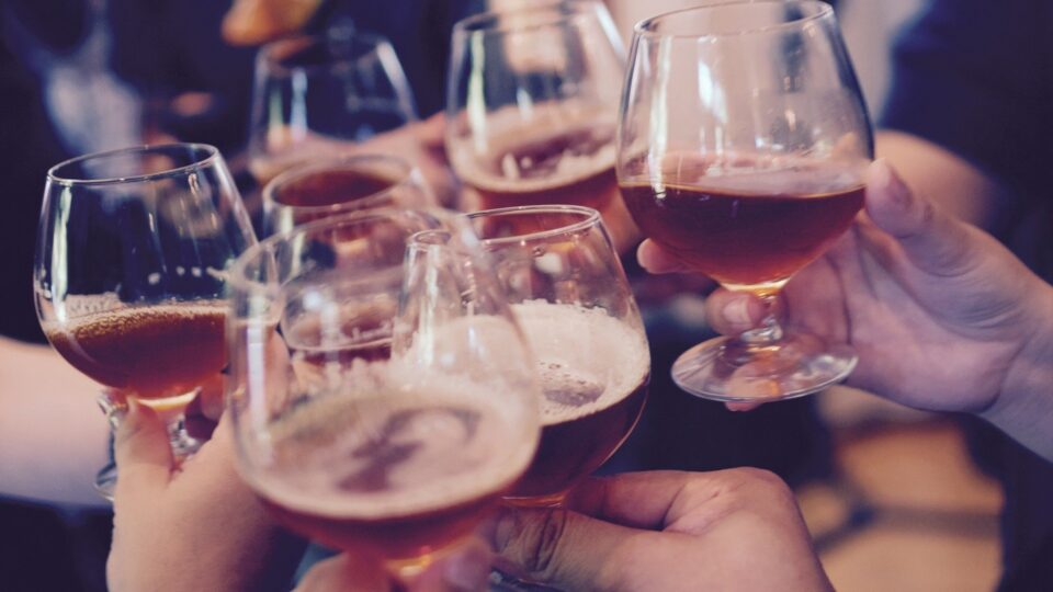 The Impact of Alcohol on Weight Loss, Fitness, & Performance
